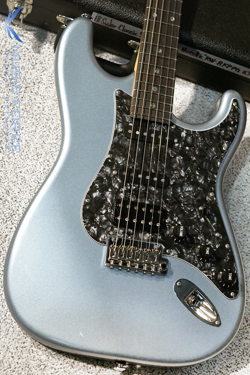 Suhr Classic SSH-Ice Blue Metallic w/Black Pearl PG & Matching Headstock(2018년산/신품)