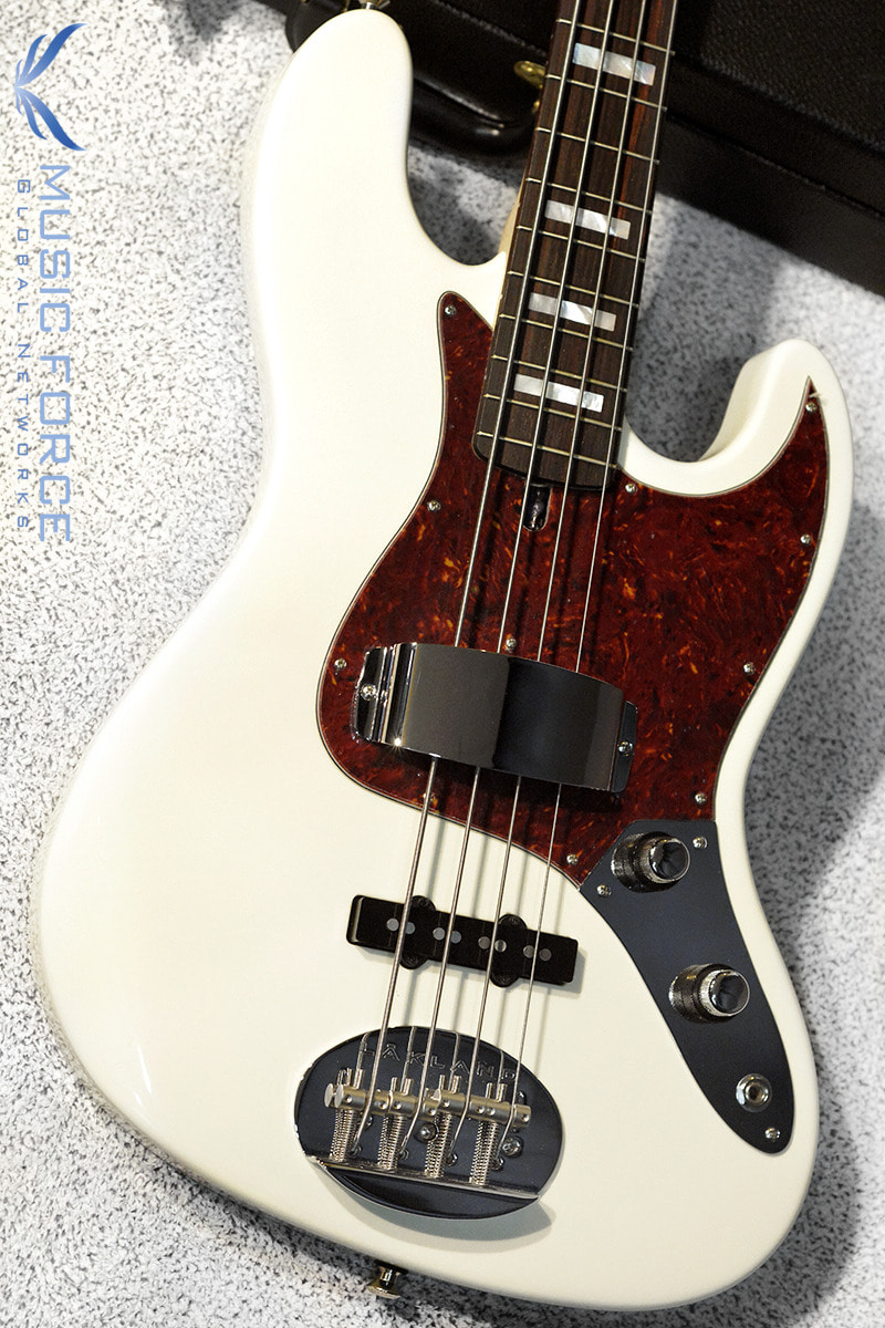 [파이널세일(~12/31까지)] Lakland US Custom 44-60 Vintage J Bass-Olympic White w/Rosewood FB, Pearl Block Inlay & Matching Headstock(2018년산/신품)