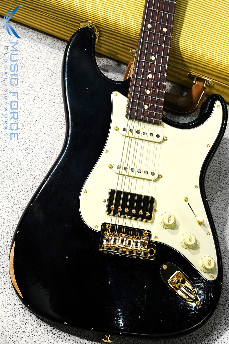 Suhr Classic Antique(Custom Model) SSH-Black w/Roasted Maple Neck, Aged Green PG & Gold HW(2019년산/신품)