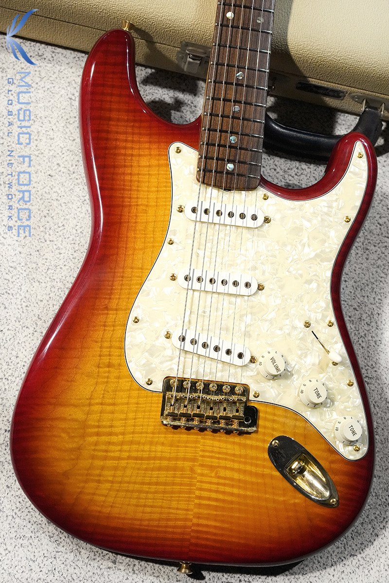 [Used] Fender MBS(Masterbuilt) 1960s FMT Strat-Cherry Sunburst w/5A Gloss Flame Maple Neck & Gold HW by J.W.Black(1998년산/NearMint급중고)