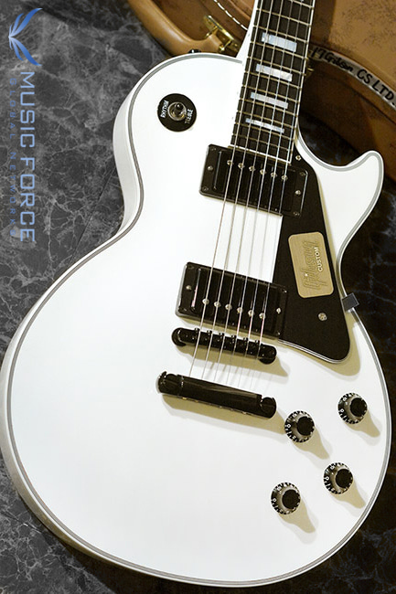 [특별세일] Gibson Custom Les Paul Custom-Alpine White w/Black HW(2017년산/신품)